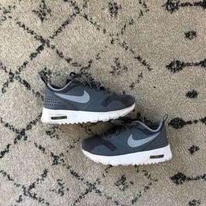Nike 10.5c sneakers